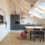 Villa Brunelli - appartamenti Riva del Garda - Lake Garda - Garda Trentino - Italy- combined kitchen/ldining room /living room with Smart TV