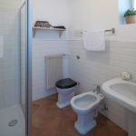 Villa Brunelli - appartamenti Riva del Garda - Lake Garda - Garda Trentino - Italy - two bathrooms